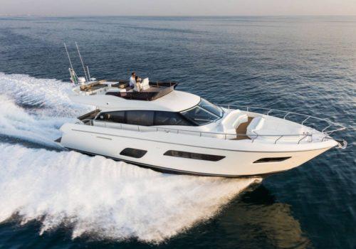 Ferretti_Yachts_550