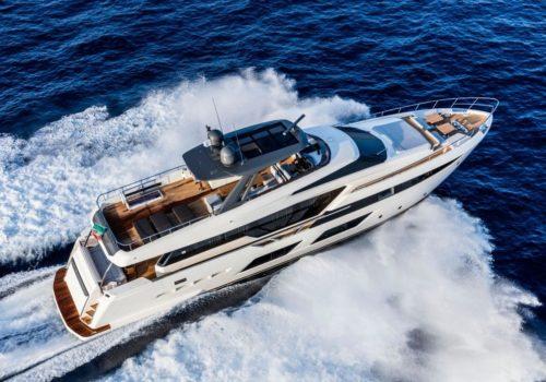 Ferretti_Yachts_920