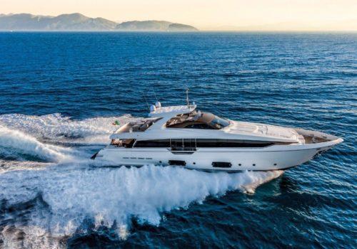 ferretti 960 main deck